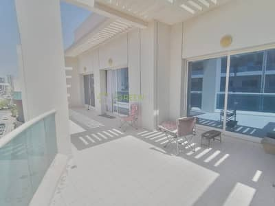 2 Bedroom Apartment for Rent in Jumeirah Village Circle (JVC), Dubai - Fully Furnished   Luxurious 2 BRs Apt. with Huge Balcony   Kensington Manor