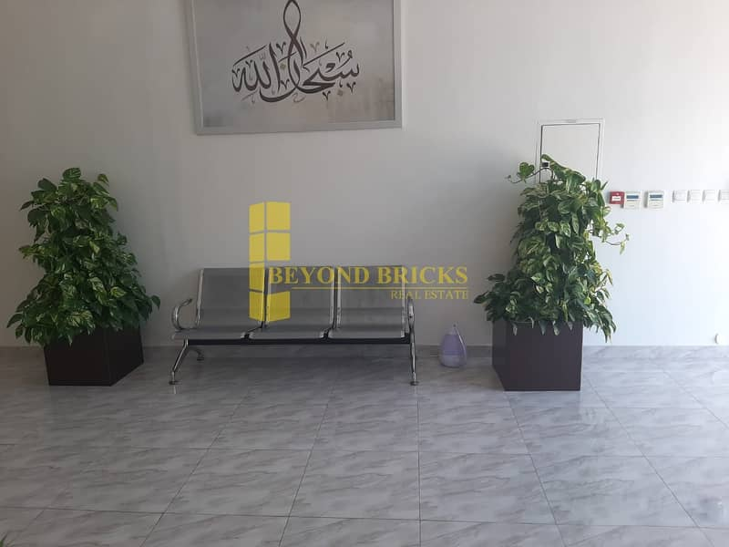 17 Elegant Fitted Office | Free Dewa | Prime Location  | IMPZ