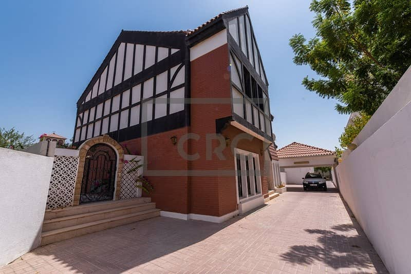 Spacious Commercial Villa|12 Parking|Fitted