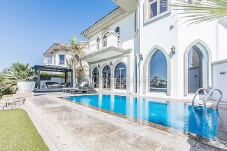 5 Bedroom Villa for Sale in Palm Jumeirah, Dubai - Immaculate Upgraded 5Br Atrium Entry Atlantis View