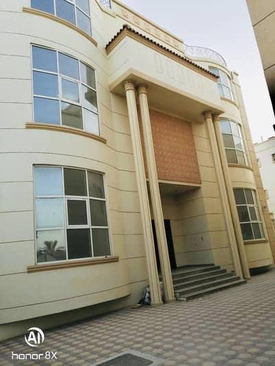 استوديو  للايجار في بين الجسرين، أبوظبي - شقة في بين الجسرين 30000 درهم - 4730093