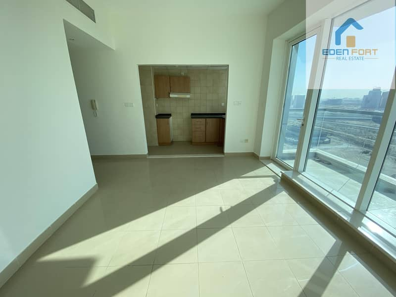 2 Hot Deal One Bedroom Unfurnished Apartment