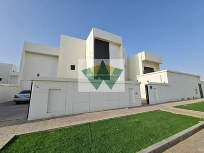 3 Bedroom Flat for Rent in Mohammed Bin Zayed City, Abu Dhabi - Luxury 3 Master Bedroom Apartment in MBZ City