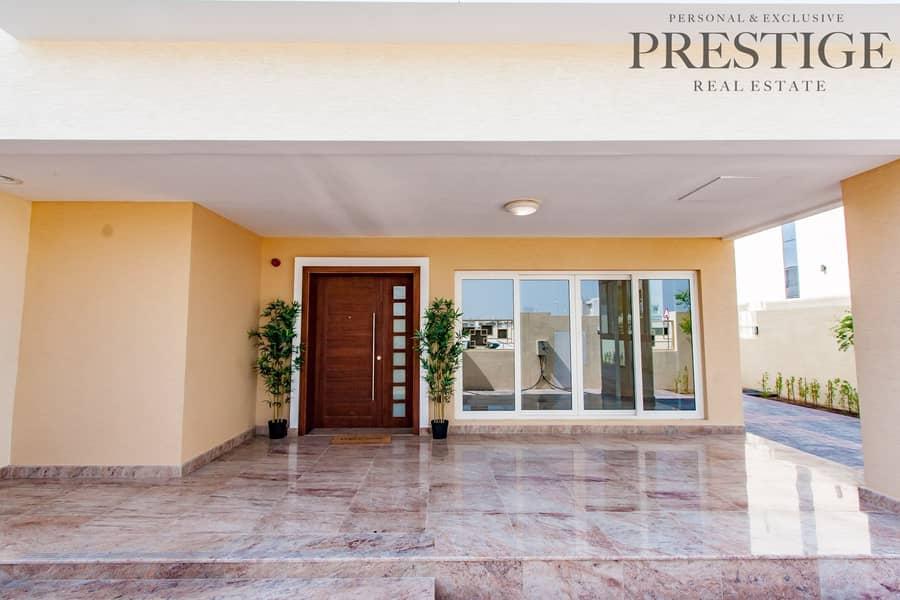 27 Luxurious 5 Bedroom Villa   Close to Metro
