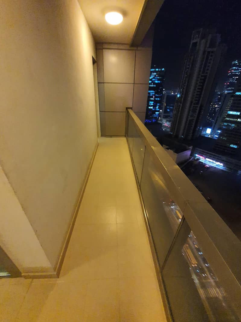 21 Fully Furnished Large 1BR With Free Chiller