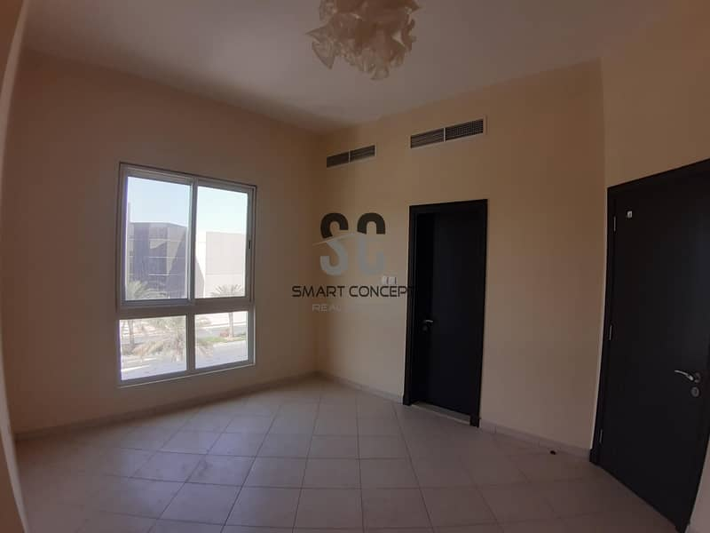 True Price  3 bedroom with Maid & Laundry