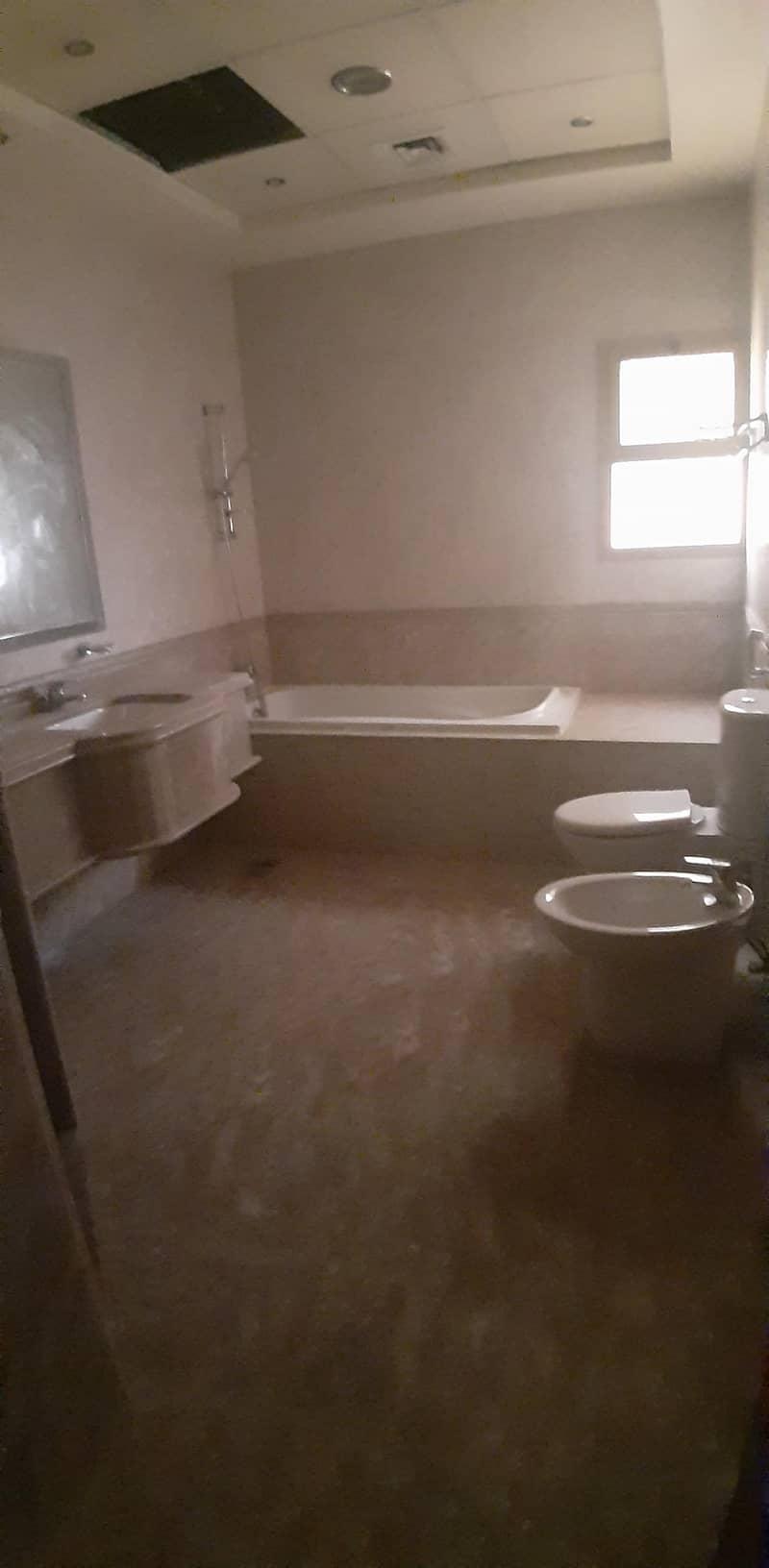 9 Spacious 3BHK Plus Maid's Villa-Rashidiya