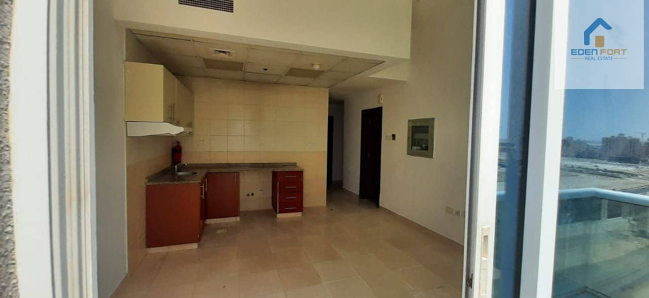 2 Bright Unfurnished Studio For Rent in DSC..