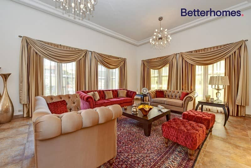 2 Private Villa | Barsha 3 | Pool | Renovated