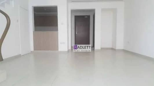 2 Bedroom Townhouse for Rent in Al Ghadeer, Abu Dhabi - Beautiful 2 BR Townhouse | Vacant Now!