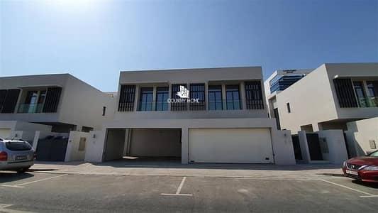 Brand New 5 BR+Maid Villa|Private Garden|Near MOE