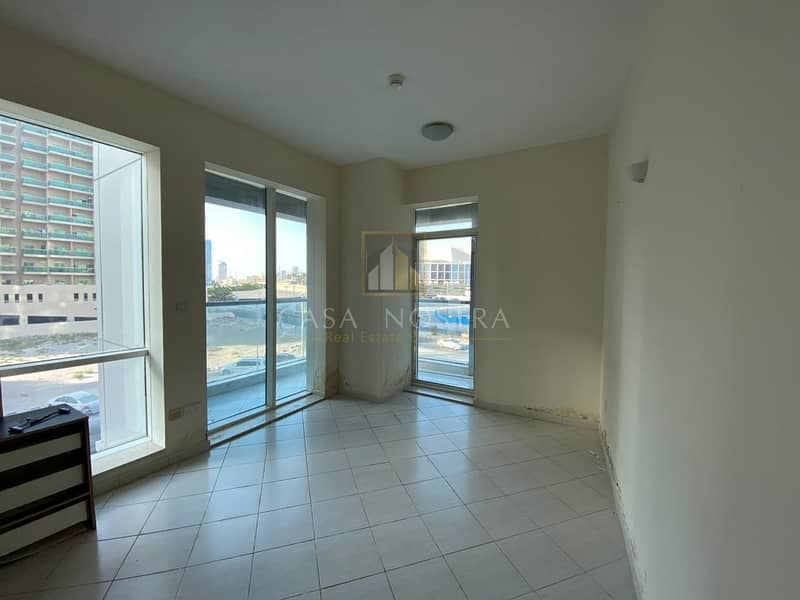 12 Affordable Price 1BR with Balcony Community View