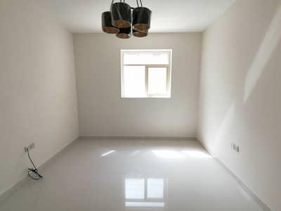 شقة 1 غرفة نوم للايجار في تجارية مويلح، الشارقة - شقة في تجارية مويلح 1 غرف 23000 درهم - 4765498