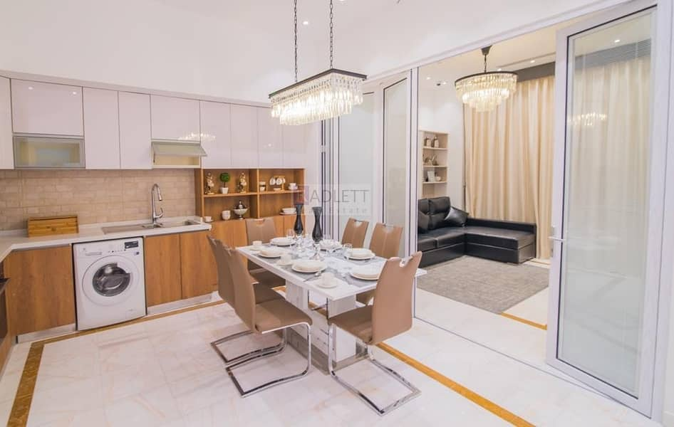2 Fully Furnished Apartment with Smart Pay Options