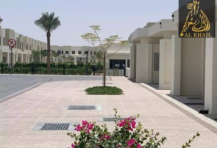تاون هاوس 4 غرف نوم للبيع في تاون سكوير، دبي - 4 BEDS + MAID VACANT UNIT HOT DEAL