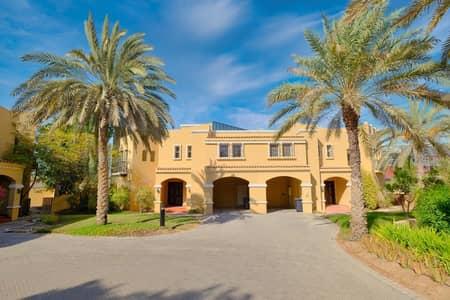 فیلا 4 غرف نوم للايجار في الصفوح، دبي - Large villa | 1