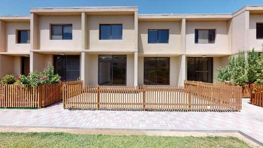 3 Bedroom Villa for Rent in Umm Suqeim, Dubai - Shared pool | 1