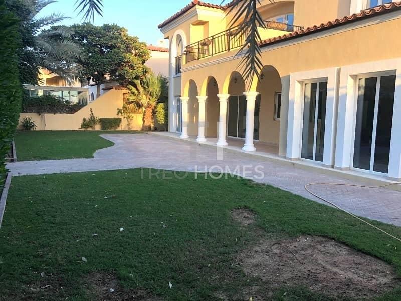 10 Family Villa in East near to Main Park