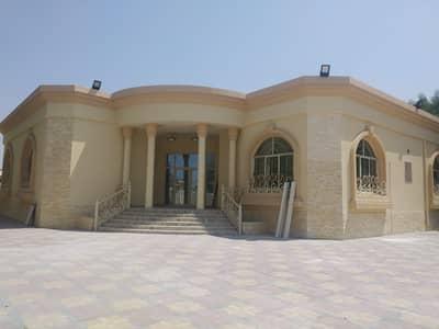 6 Bedroom Villa for Rent in Al Jurf, Ajman - VILLA FOR RENT 20000 SQ FT 6 BEDROOM HALL MAJLIS CENTRAL A/C  IN AL JURF AJMAN,,