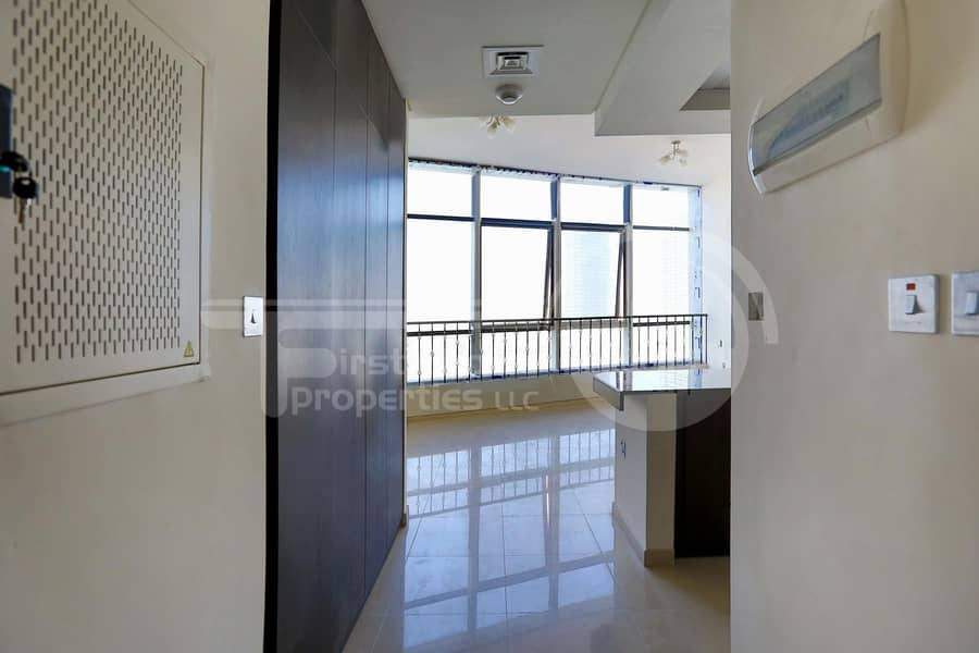 2 Hot Offer!Vacant Unit! Up to 12 Cheques