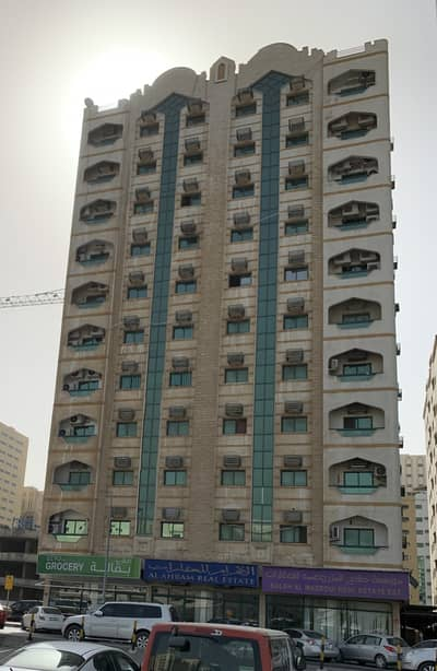 2 Bedroom Apartment for Rent in Al Mahatah, Sharjah - Front King Faisal Mosque