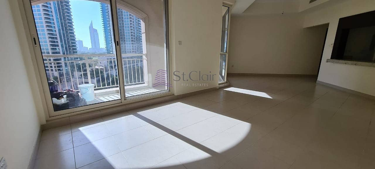 16 2bedroom apartment/ full lake view/ chiller free/ The Views