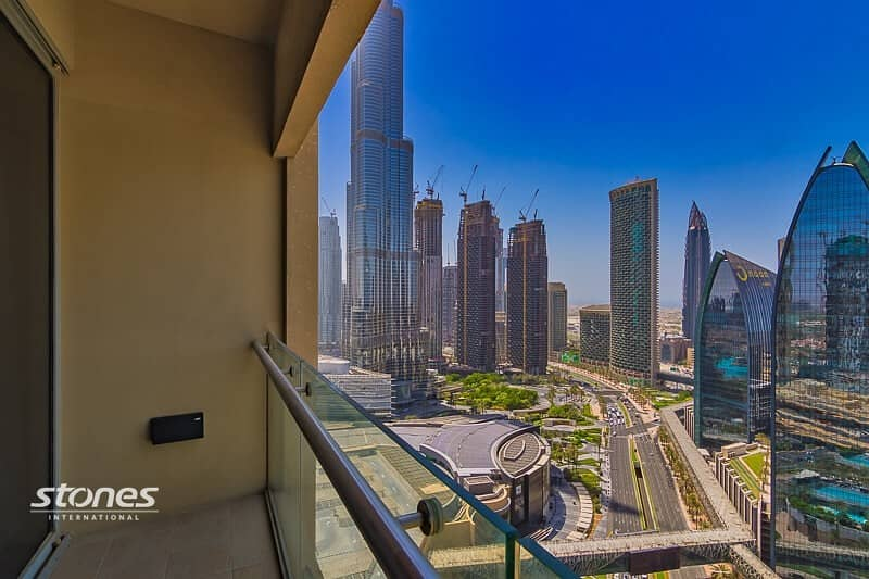 Luxuriously Furnished Studio with Iconic Burj View