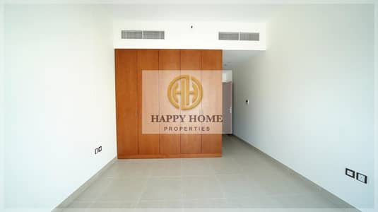 2 Bedroom Flat for Rent in Al Satwa, Dubai - Brand New -Semi-Open kitchen - Low Floor