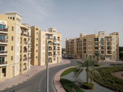 Urgent Sale, very nice studio apartment in emirates cluster for sale just 200000