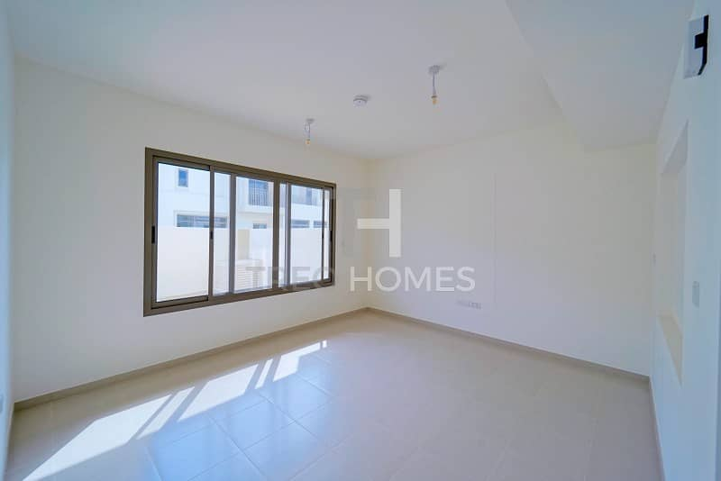 Well situated Exclusive brand new 3 bed.