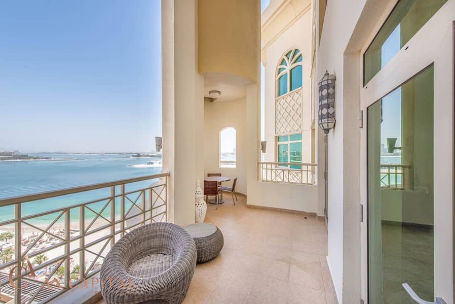 17 Duplex | Panoramic Sea View | Chiller Free