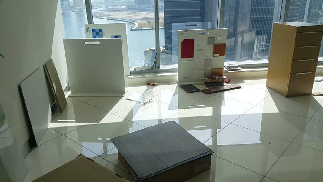 17 Fully Fitted Office  Glass Partitioned  Lake View