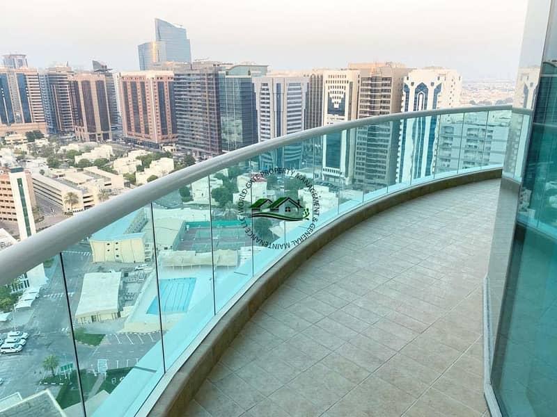 Luxurious 3BR Apt + Maid's room + Huge Balcony