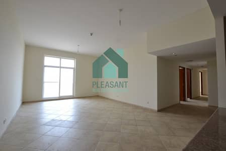 Mall View Specious Vacant 3BR Apt For Rent In Foxhill.