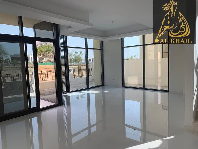 Spacious Luxury Style Villa Ready To Move In