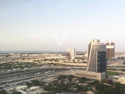 فلیٹ 2 غرفة نوم للايجار في برشا هايتس (تيكوم)، دبي - Vacant | With Maids' Room | Next to Metro