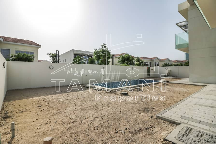 22 Corner 4 Bedroom Contemporary Large Size