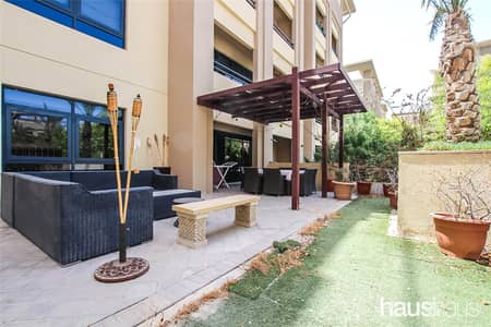 3 Bedroom Flat for Sale in The Greens, Dubai - Private Garden | Great Location | Upgraded Kitchen
