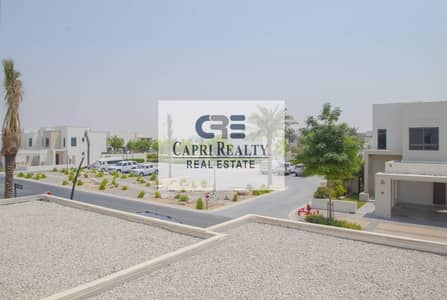 فیلا 3 غرف نوم للايجار في تاون سكوير، دبي - Facing pool|type 5|Hayat|NSHAMA