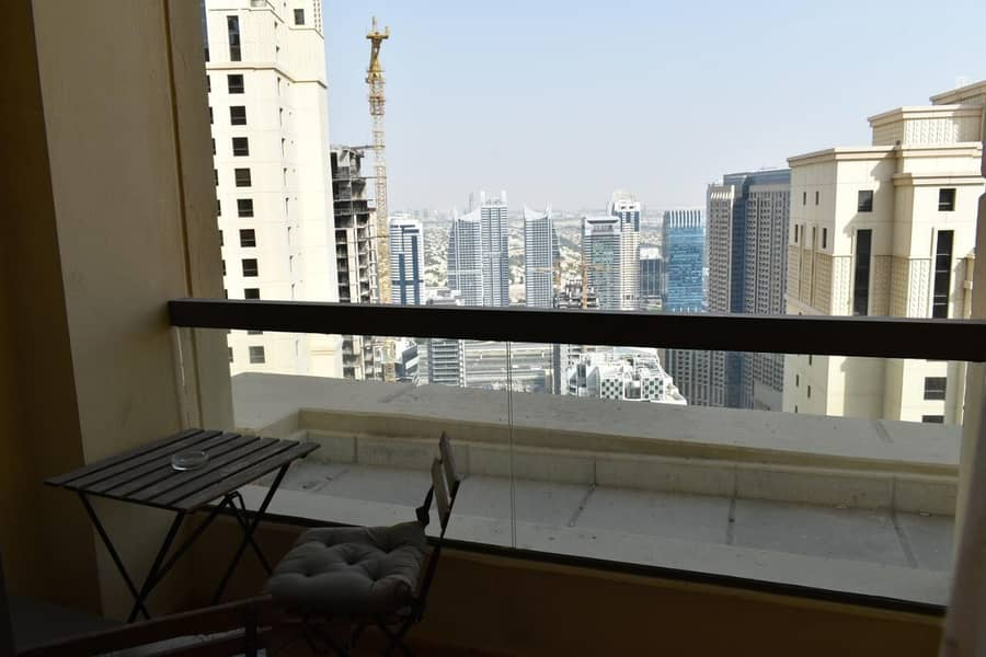 13 Huge one bedroom apartment with Marina view