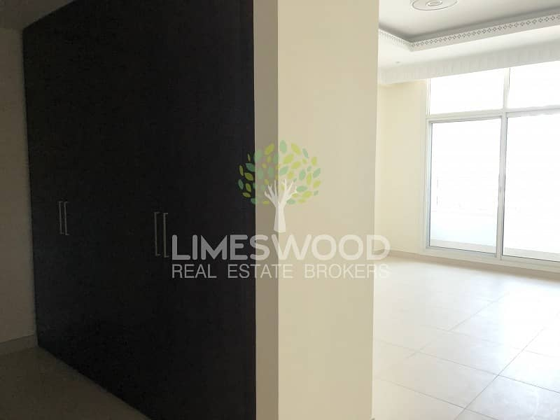 14 Elegant and Stunning 3 BR Plus Maid's| in Dar Wasl