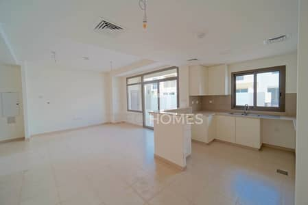 3 Bedroom Townhouse for Rent in Town Square, Dubai - Raise a family in this friendly neighborhood!