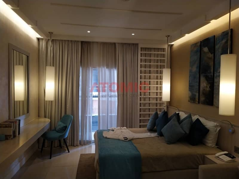 2 Furnished studio with Golf Views