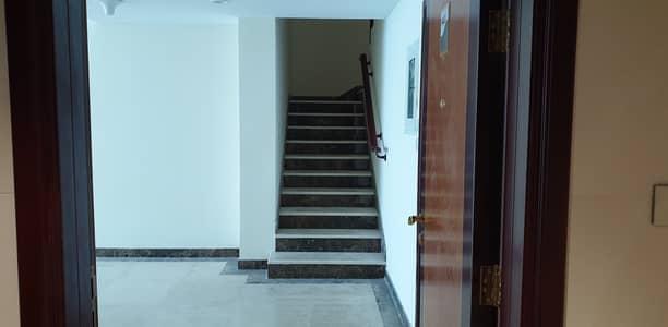 شقة 3 غرف نوم للبيع في كورنيش عجمان، عجمان - امتلك شقة دوبلكس فقط بمقدم 5%