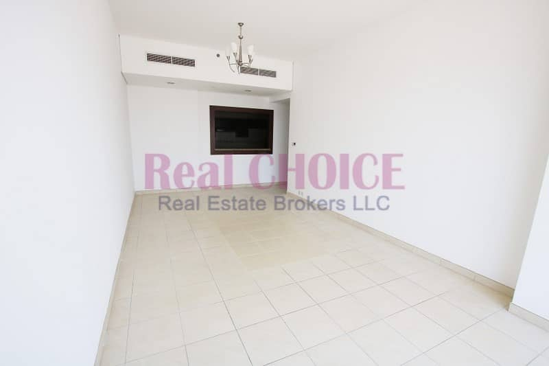 Spacious 3BR Apartment in SZR   High Floor  Vacant