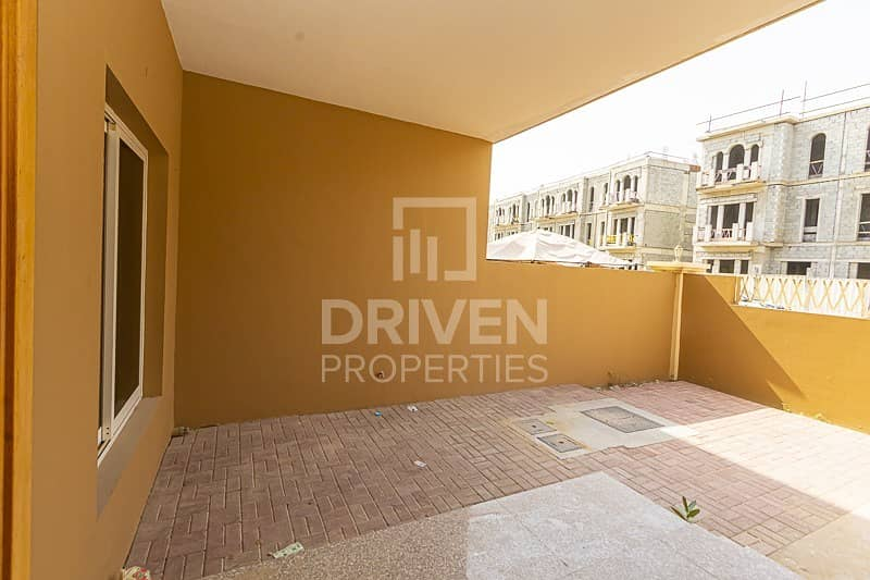 19 Well-maintained 4 Bedroom Townhouse in JVC
