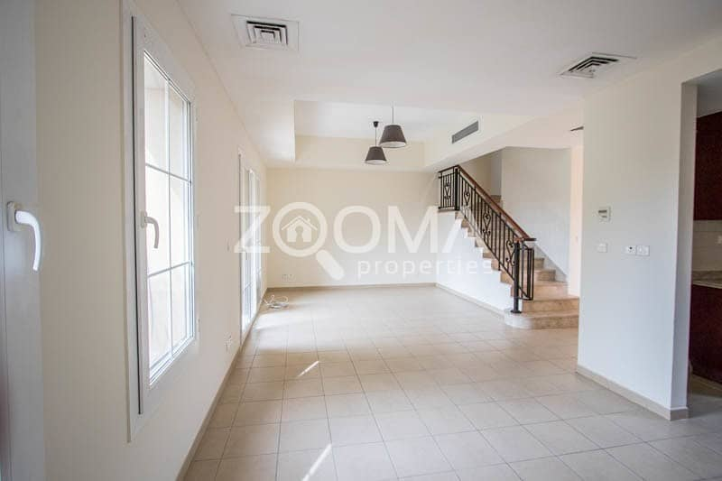 2 Spacious 2 Bed Townhouse + Store |  Palmera 2