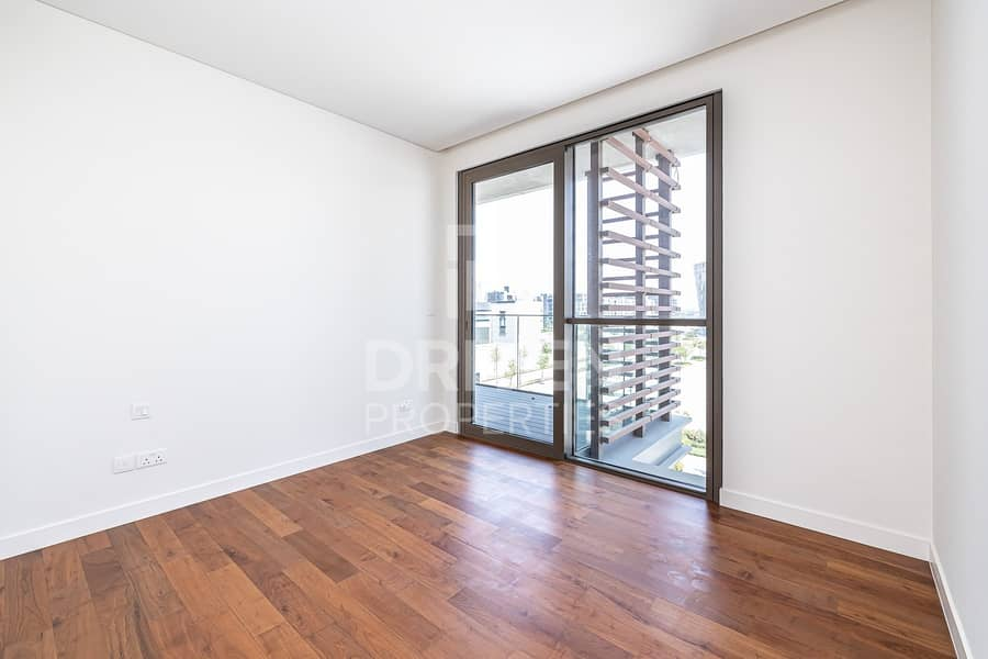 16 Vacant 2 Bed plus Maid's room
