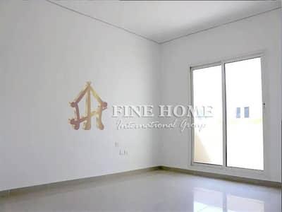 فیلا 2 غرفة نوم للبيع في الريف، أبوظبي - Beautiful Single Row Contemporary Style Villa
