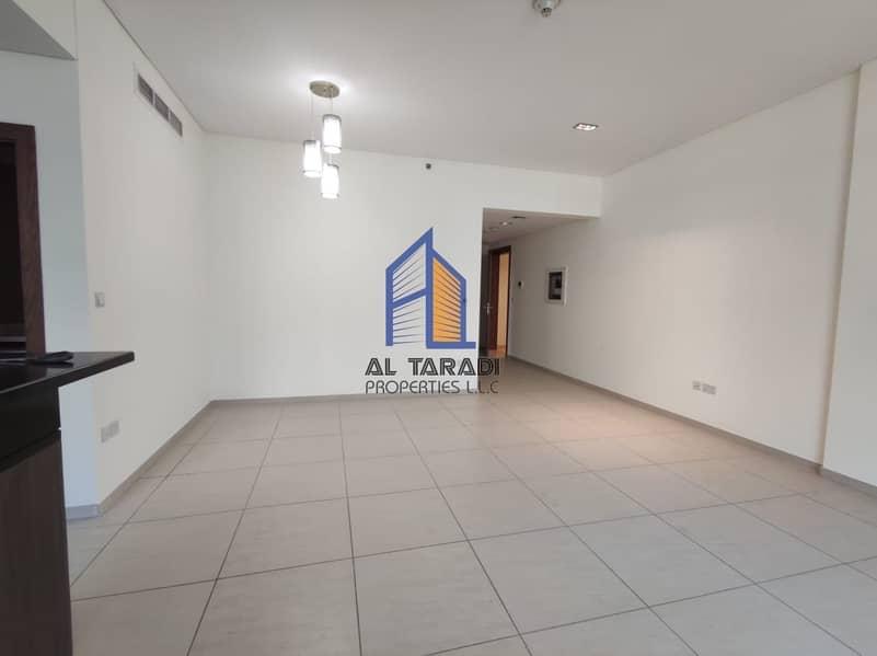 Good Apartment W/ Kitchen Appliances & Best Facilities